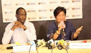 Humarap sa mga miyembro ng press sina Secretary Dinky Soliman at World Food Programme Deputy Country Director Asaka Nyangara